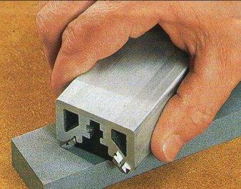 Правильно заточенные ножи электрорубанка – залог безопасной работы