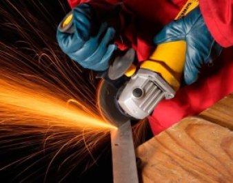 Отрезной станок из болгарки своими руками повысит безопасность работ, и улучшит качество реза