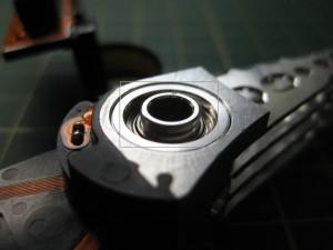 головка жесткого диска в разобранном виде