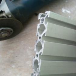 Пилим алюминиевый профиль