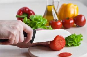 режем кухонным ножом
