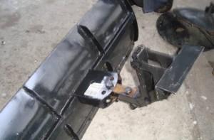 ненадежное крепление лопаты к мотоблоку