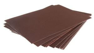 листы из наждачной бумаги