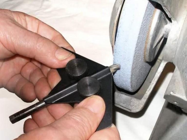 Как сделать станок для заточки сверл своими руками