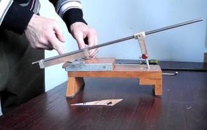 Установка ножа в приспособление