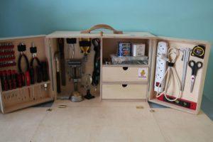 раздвижной ящик-трюмо для инструмента