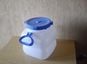 пластиковая канистра