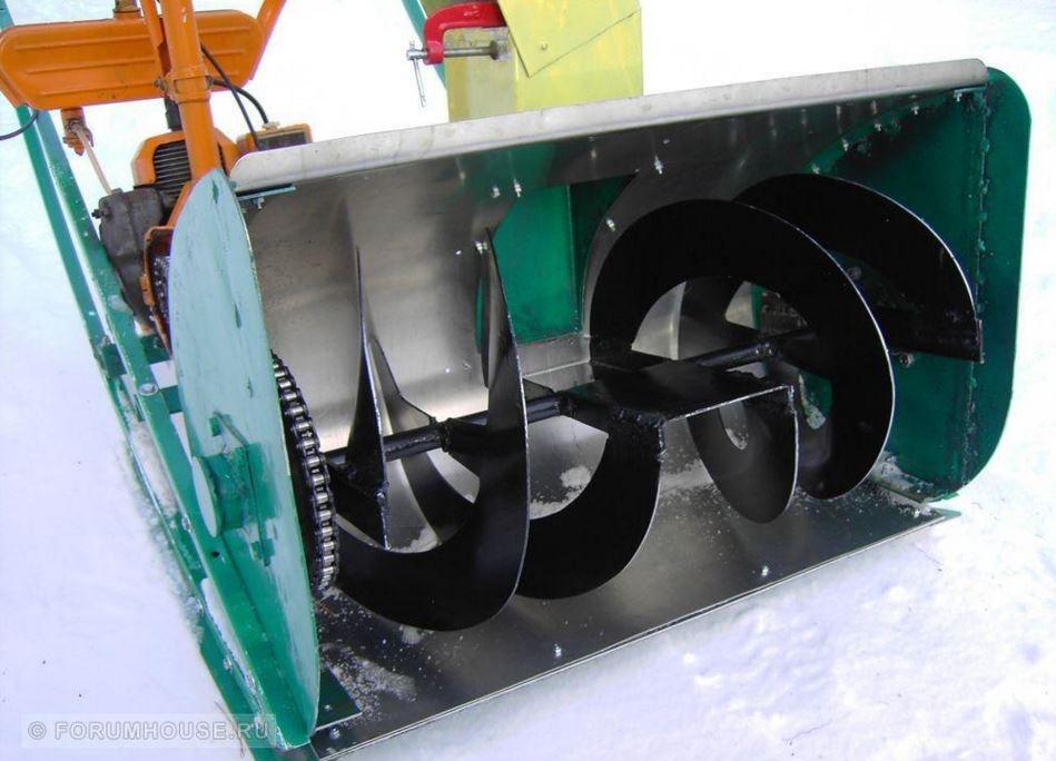 Снегоуборщик своими руками видео из бензопилы