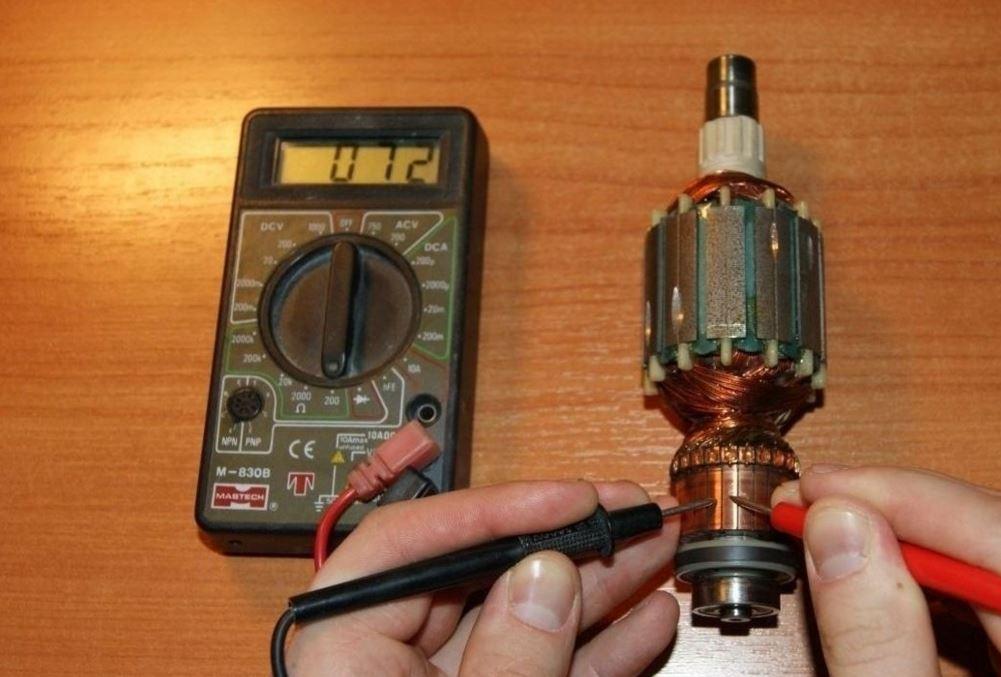 Прибор для проверки якоря электродвигателя