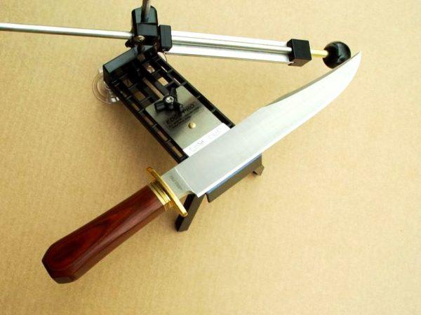 покупное приспособление для заточки ножей