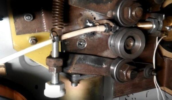 Механизму подачи проволоки своими руками 748