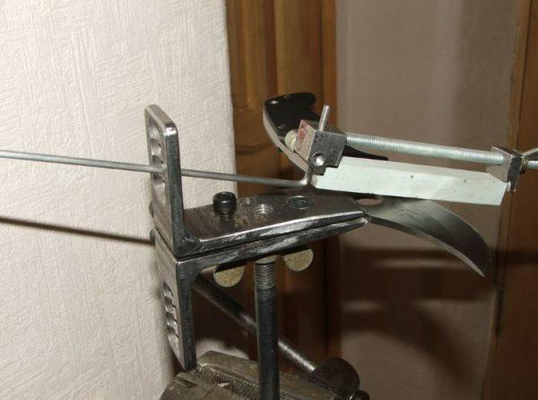 приспособление для заточки ножей самодельное