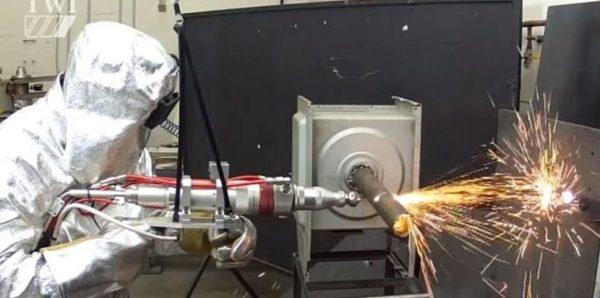 Установка лазерной резки металла