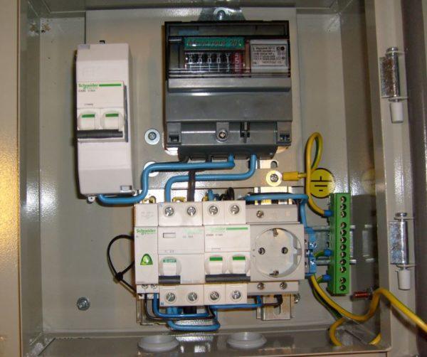 Схема подключения бензогенератора к домашней сети