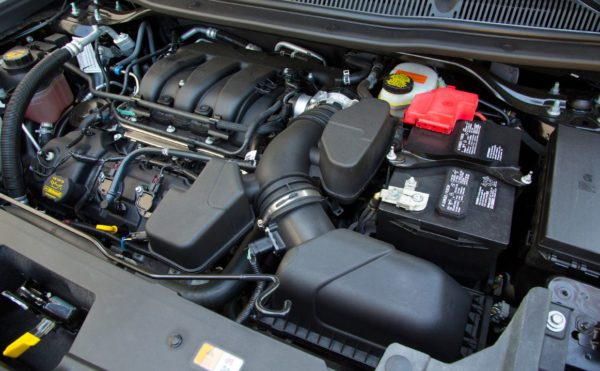 расположение двигателя в автомобиле