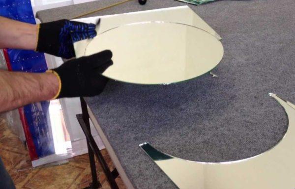 резка стекла стеклорезом
