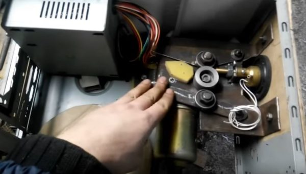 Регулятор скорости подачи проволоки сварочного полуавтомата схема