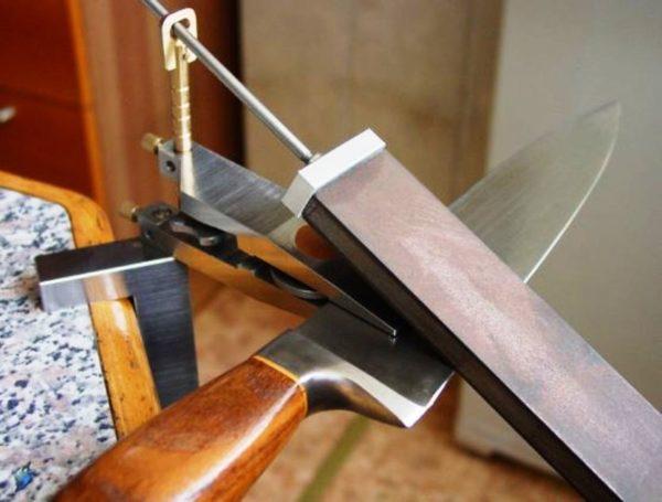 Приспособления для заточки ножа своими руками