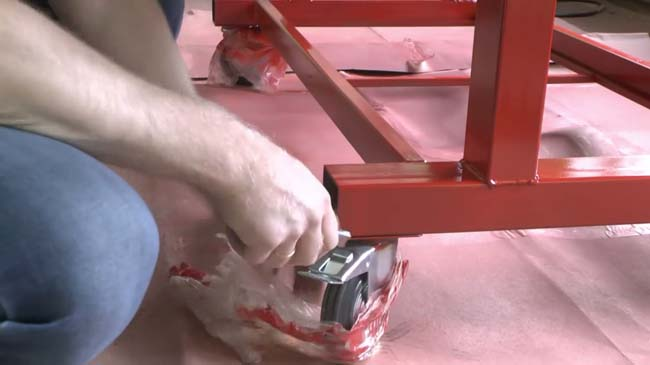 сварочный стол после покраски