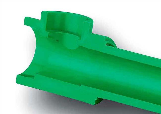 сваренная полипропиленовая труба в разрезе
