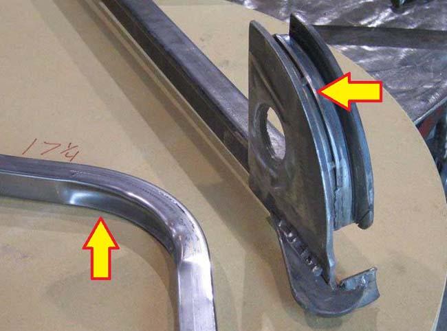 специальный прилив-бортик в конструкции ручного трубогиба