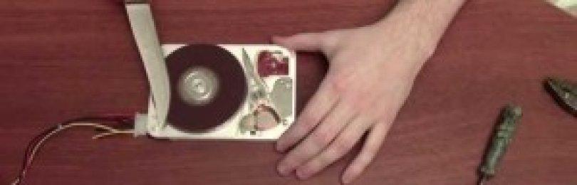 Электрический наждак своими руками — это возможность с пользой реализовать ненужную технику. Рекомендации и советы к изготовлению.