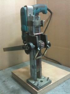 самодельный металлический подъемный механизм дрели