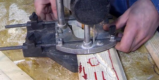 Работа фрезера с упором