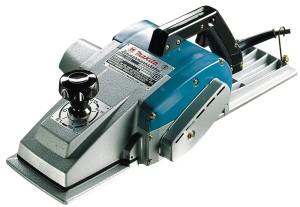 электрорубанок Макита может работать как обычный фуганок