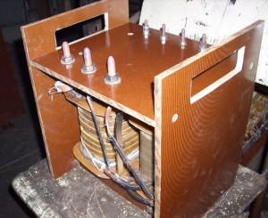 Сварочный аппарат в диэлектрическом корпусе