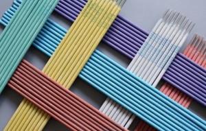 электроды отличаются по цвету