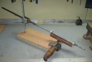 самодельное приспособление для заточки ножей
