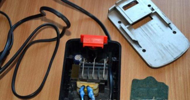 корпус аккумуляторной батареи