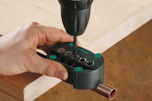 сверление отверстий через кондуктор