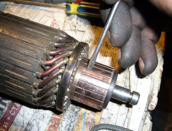 повреждения коллектора ротора стартера