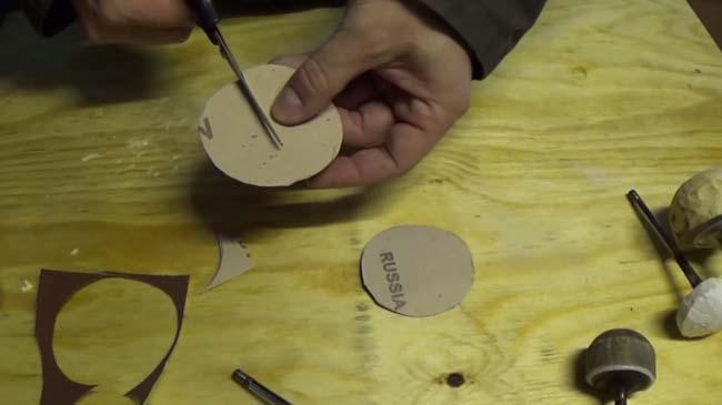 вырезаем круг из наждачки