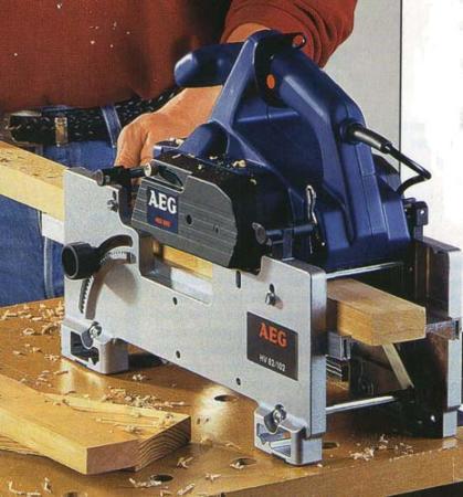 рубанок AEG и станина для стационарной обработки брусков