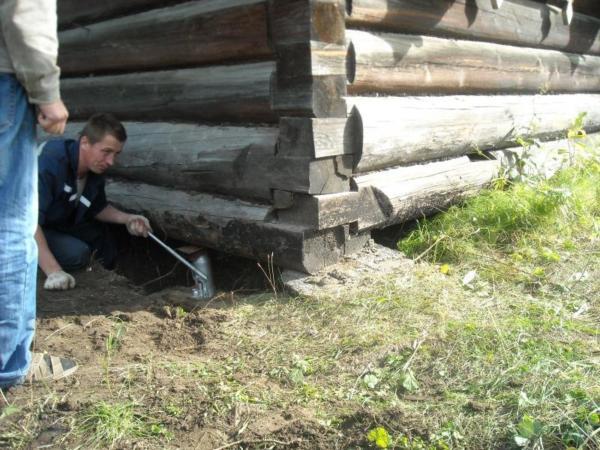 подготовка места под домом для его поднятия