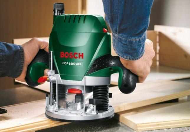 Ручной фрезер Бош удобен в работе, легок в обслуживании
